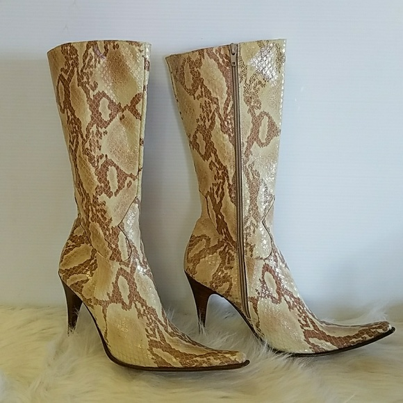 3d0f586315867 👢VINTAGE POINTED TOE BOOTS! REAL SNAKE SKIN